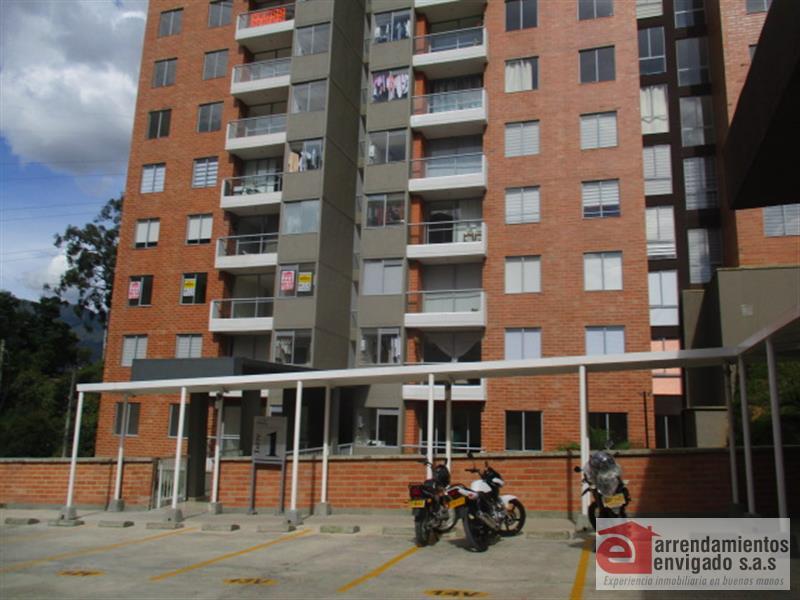 Apartamento en Arriendo en Envigado - Loma Del Barro